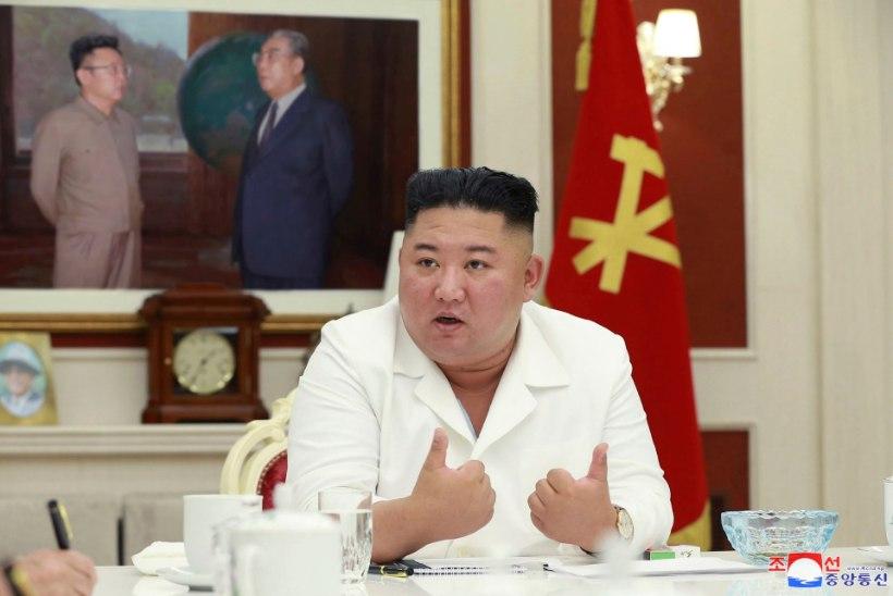 Kim Jong-un muretseb üleujutuste tõttu Põhja-Korea toidutagavarade üle