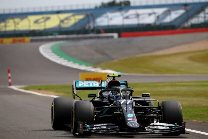 Silverstone'i GP kvalifikatsiooni valitsesid Mercedesed, koroonasse haigestunud tiimikaaslast asendanud sakslane oli kolmas