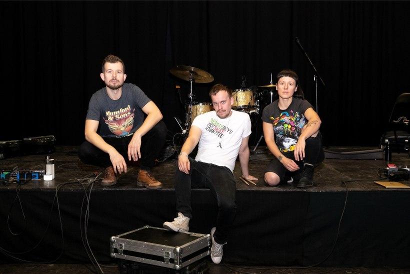 VIDEO |Trad.Attack!'i suurkontsert Saku suurhallis jääb ära