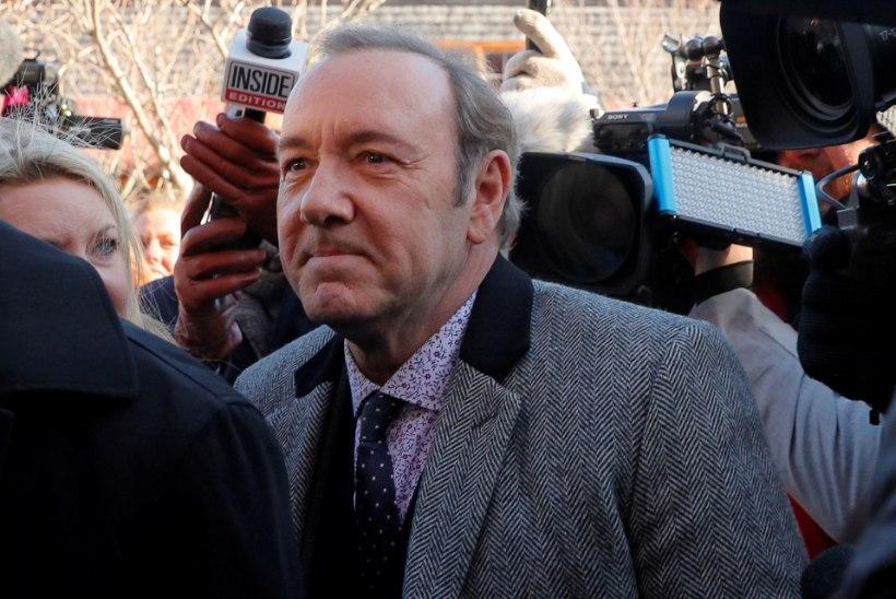 Kaks teismelist ahistamisohvrit kaebasid Kevin Spacey kohtusse