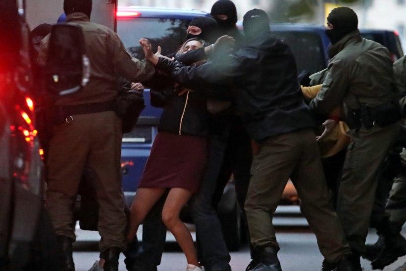 Valgevene pealinnas osales 10 000 naist meeleavaldusel. Politsei kasutas nende vastu räiget vägivalda
