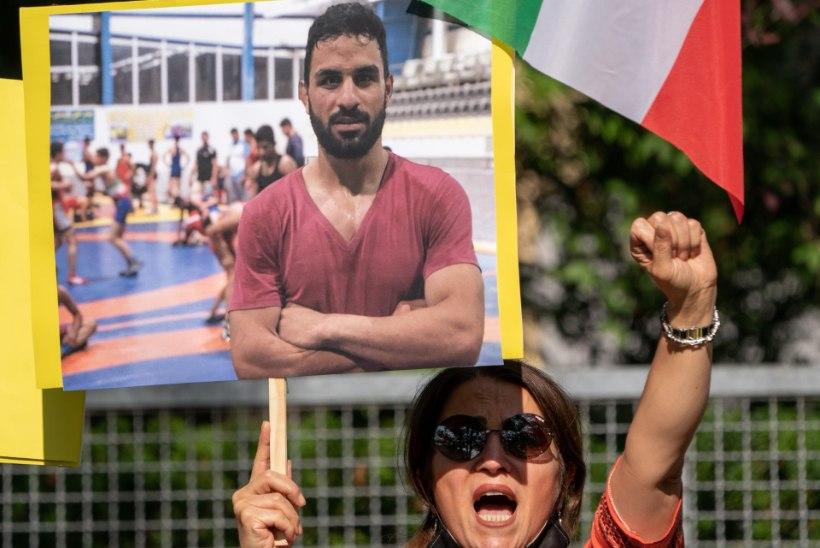 Iraanis hukati valitsusevastastest protestidest osa võtnud maadlustšempion