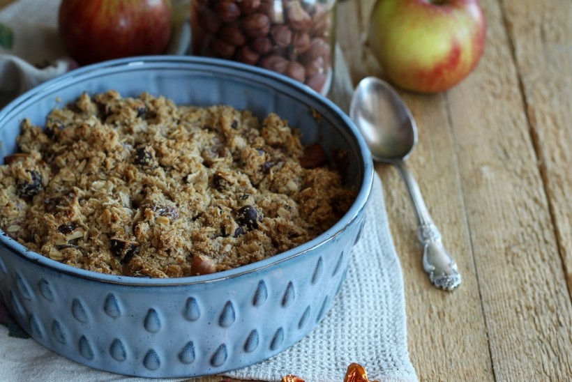 KASULIK MAGUSROOG   Iirise ja pähklitega külluslik õunakrõbedik