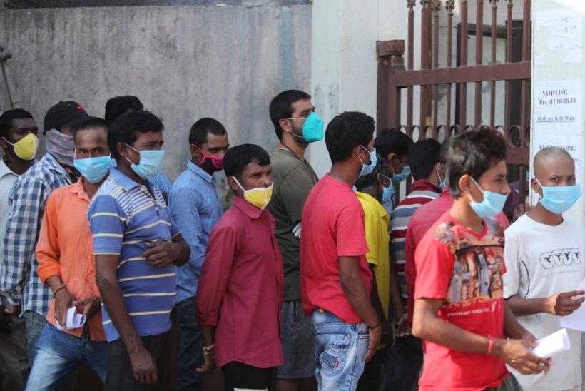 ÜLE VIIE MILJONI NAKATUNU: karantiini leevendanud Indias levib viirus üha kiiremini