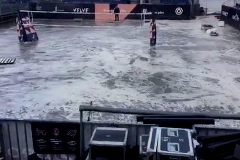 VIDEO | Nukker vaatepilt: rannavolle EMi peaväljakul lainetab vesi