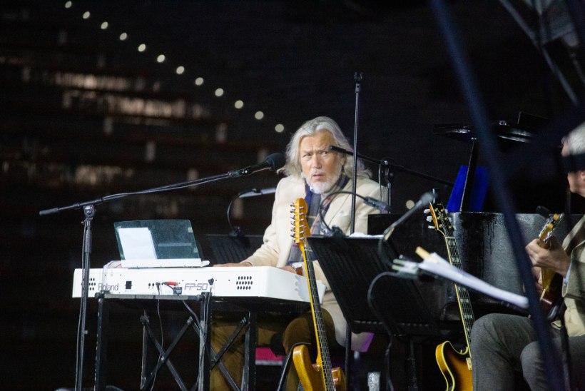 TÕNIS MÄGI SAI TÜNGA: hooplejast kontserdikorraldaja jäi maestrole võlgu