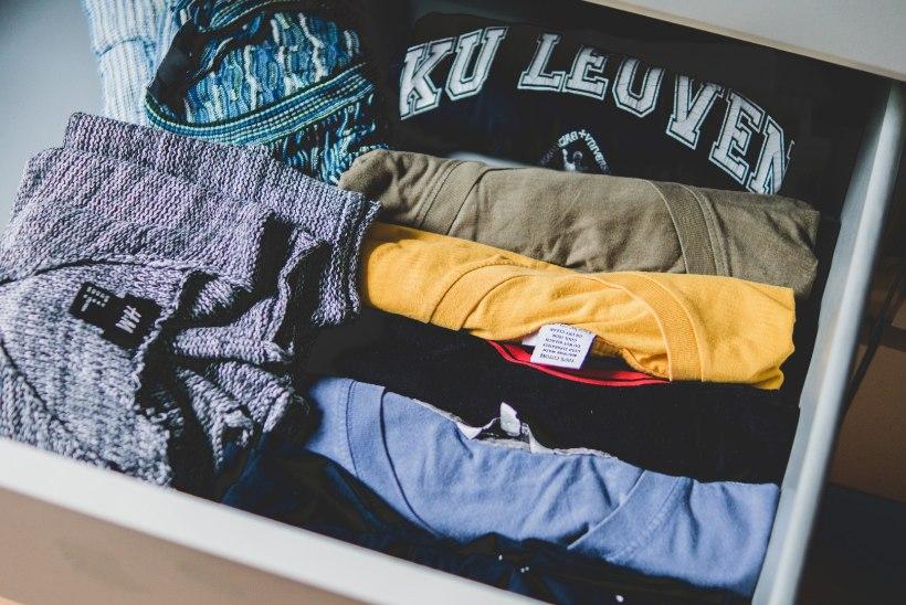 SKEEM | Tee selgeks, kas pikalt kasutuna seisnud riideesemed tuleks alles hoida, annetada või hoopis ümber teha!