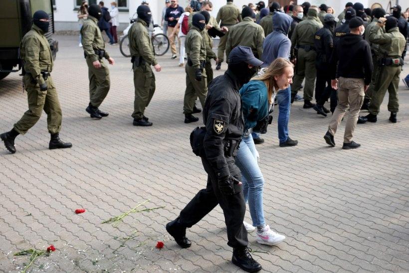 Minski meeleavaldusel võttis miilits kinni sadu naisi