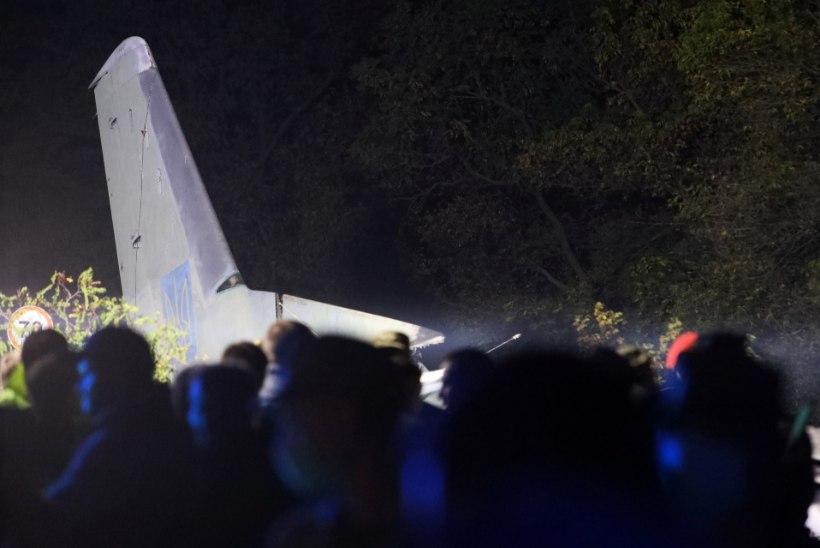 Ukrainas kukkus alla õppelennul olnud sõjalennuk. Üks inimene jäi ellu