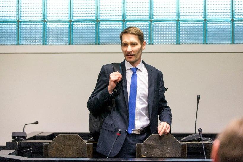 VIDEO   Uurimiskomisjoni juht Margus Kurm: tõenäoliselt põhjustas Estonia huku kokkupõrge allveelaevaga