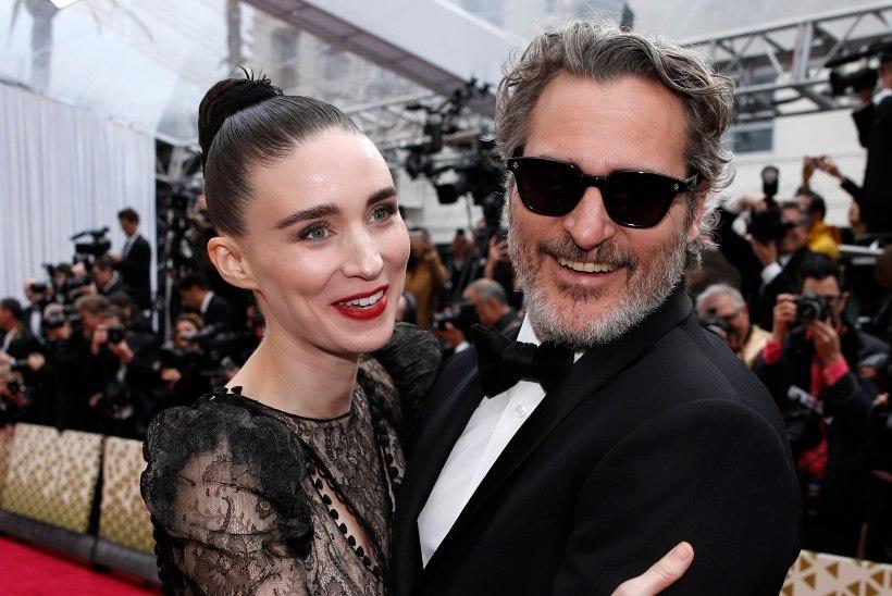 Joaquin Phoenix ja Rooney Mara panid beebile traagilise taustaga nime