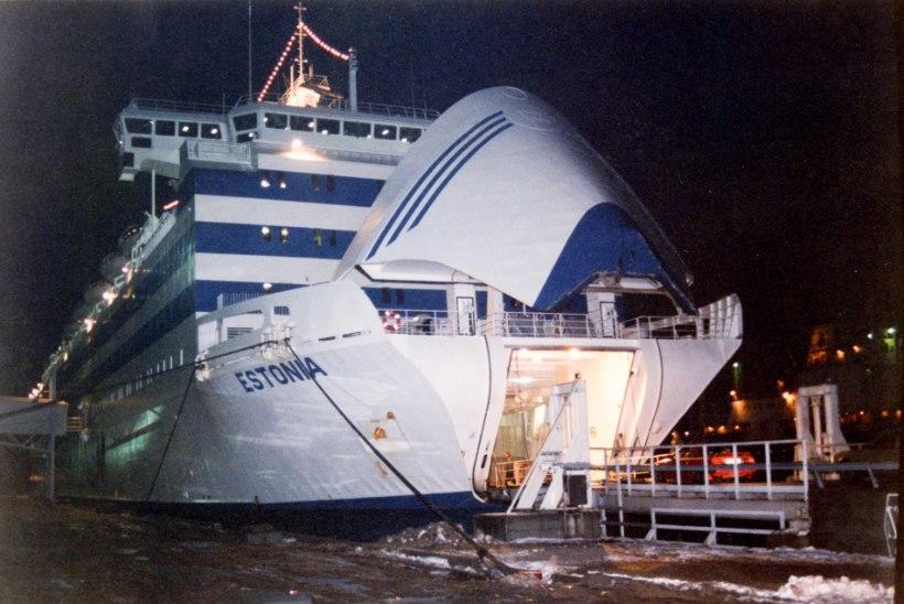 Auku laevakeres pidi näitama juba 1994. aasta sukeldumine. Aga videod on (igaveseks?) kadunud...