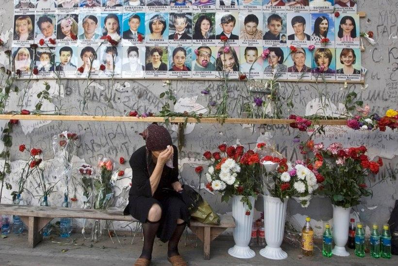 ÕL ARHIIV   16 AASTAT BESLANI PANTVANGIKRIISIST: kohutav kooliaasta algus –  pantvangis