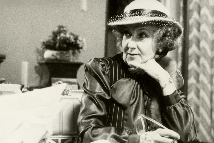 Ita Ever oli Miss Marple'iks justkui loodud! Toomas Kirss: sain nende lugude eest ikka korralikult peksa