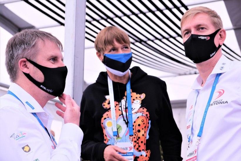 FOTO | Moodne! President Kaljulaid kandis Rally Estonia avapäeval silmapaistvat pusa