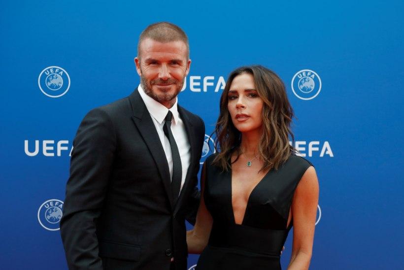 KÄEPIGISTUSED JA SUUDLUSED FÄNNIDEGA: David ja Victoria Beckham nakatusid pidutsedes koroonaviirusega