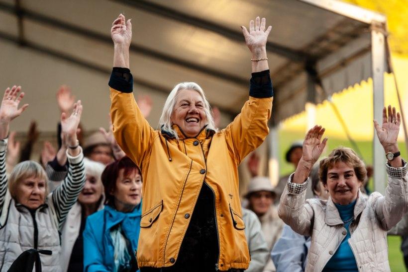 GALERII: Tallinna Hoiu-laenuühistu tähistas meeleoluka peoga 10 edukat tegevusaastat