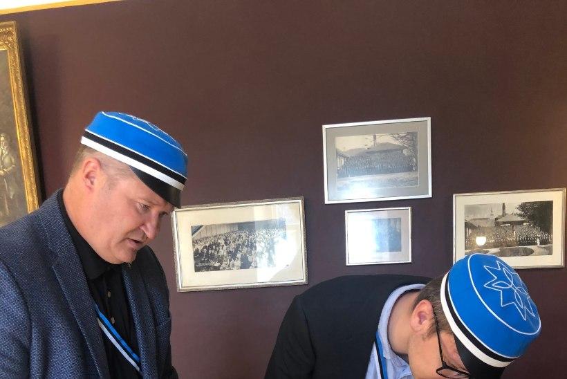 USKUMATU LUGU: 80 aastat kadunuks peetud EÜSi sõpruslepingud jõudsid taas Tartusse