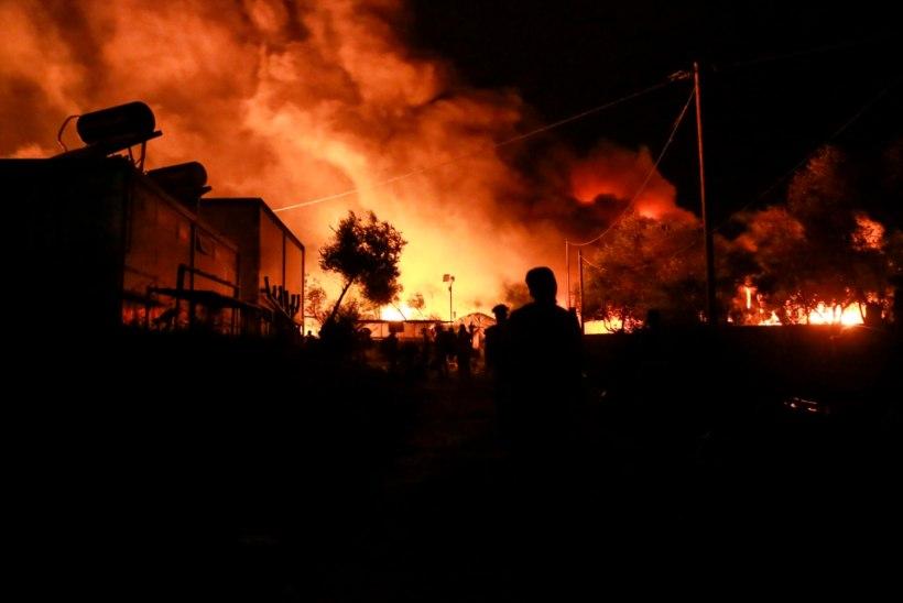 Kreeka saare ülerahvastatud põgenikelaagris puhkes suur tulekahju