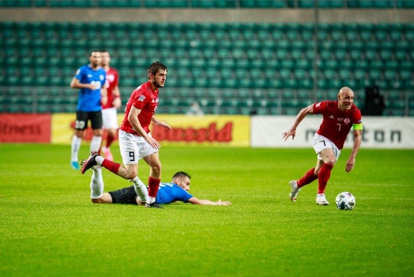 Mart Treial | Jalgpallikoondis vajab hädasti psühholoogi ja Andres Sõpra