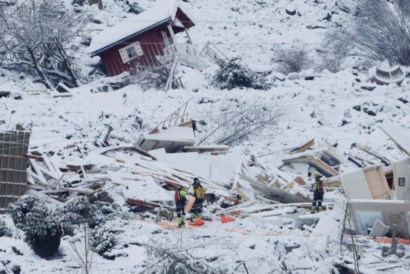 FOTOD | SUUR MAALIHE NORRAS: päästjad on leidnud seitse hukkunut, endiselt otsitakse ellujäänuid
