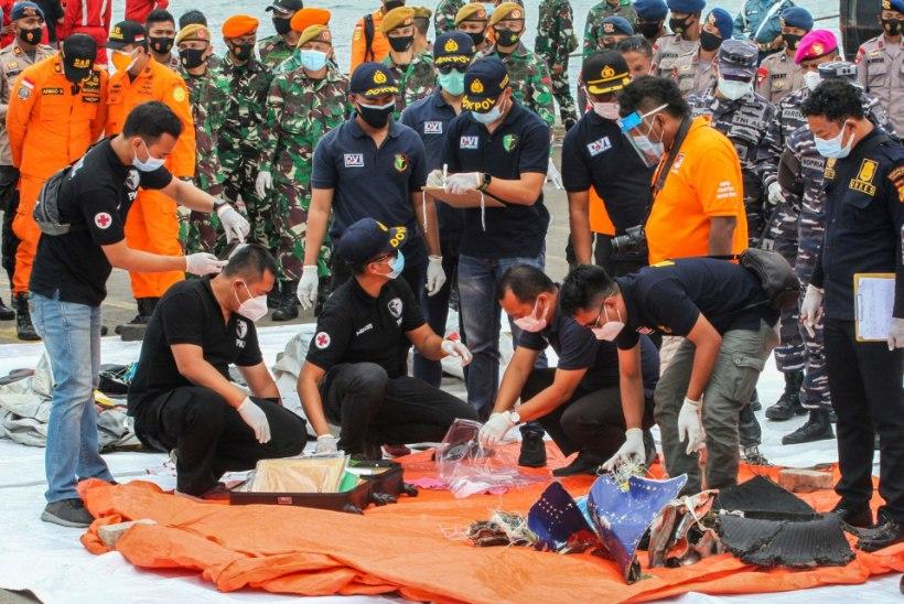 RÄNK LENNUÕNNETUS INDONEESIAS: hukkus rohkem kui 60 inimest