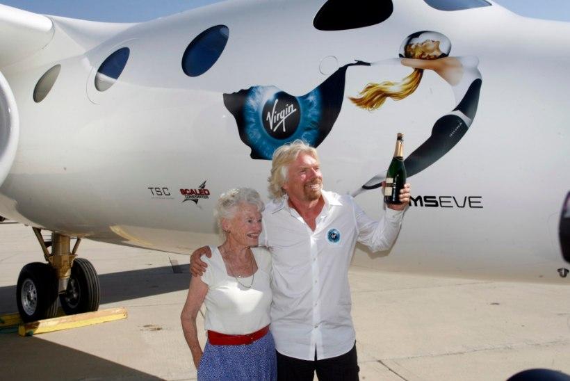 Covid viis hauda miljardär Richard Bransoni ema
