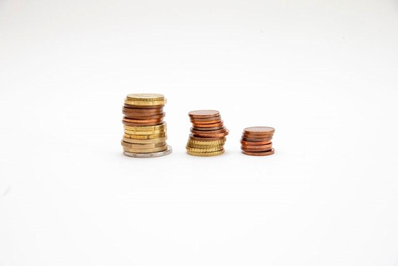 KOHTUTÄITURID MURES: pensionisamba võlgnikud võivad raha saada teisele kontole