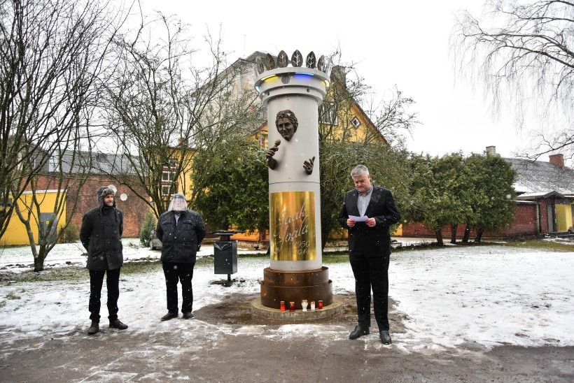 """Skulptor Mati Karmin: """"Lõpp hea, kõik hea. Kui kuju ei kõlvanud Viljandile, siis kõlbab Venemaale."""""""