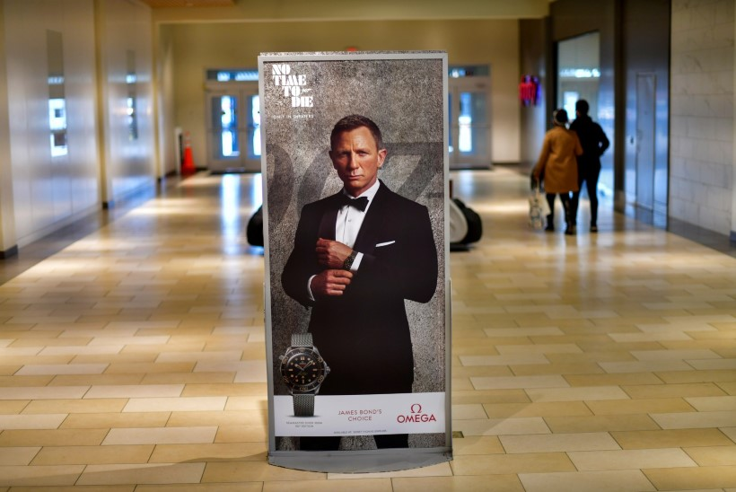 KURB UUDIS: Bondi-filmi esilinastus lükkub jälle edasi