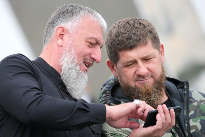 Kadõrov ulatas Navalnõi protestil osalenule abikäe... kuid tingimustega