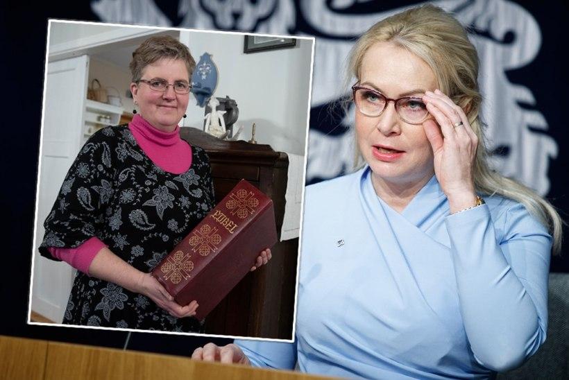 Riina Solman süüdistab aasta naiseks valitud kirikuõpetajat: Annika Laatsist sai kuri hunt. Tema käitumine ärritab paljusid kristlasi