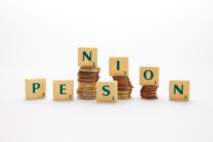 RAHA VÄLJA! Kolme päevaga lammutas teise pensionisamba 12 000 pettunut