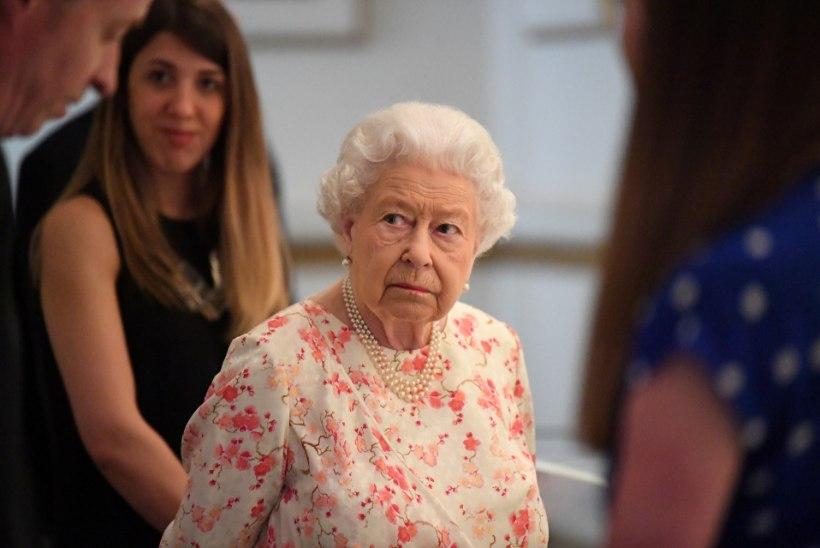 Elizabeth II alluv pandi väärisesemete varguse eest vangi