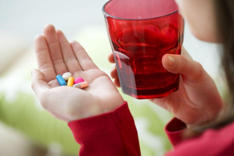 KASU ASEMEL HOOPIS KAHJU: ära neid ravimeid küll koos võta!