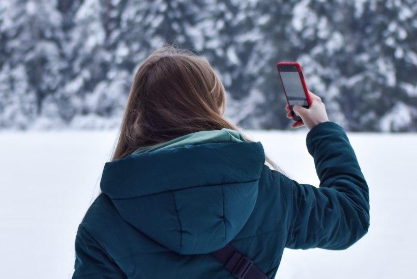 5 nippi, kuidas oma telefoni miinuskraadide eest kaitsta