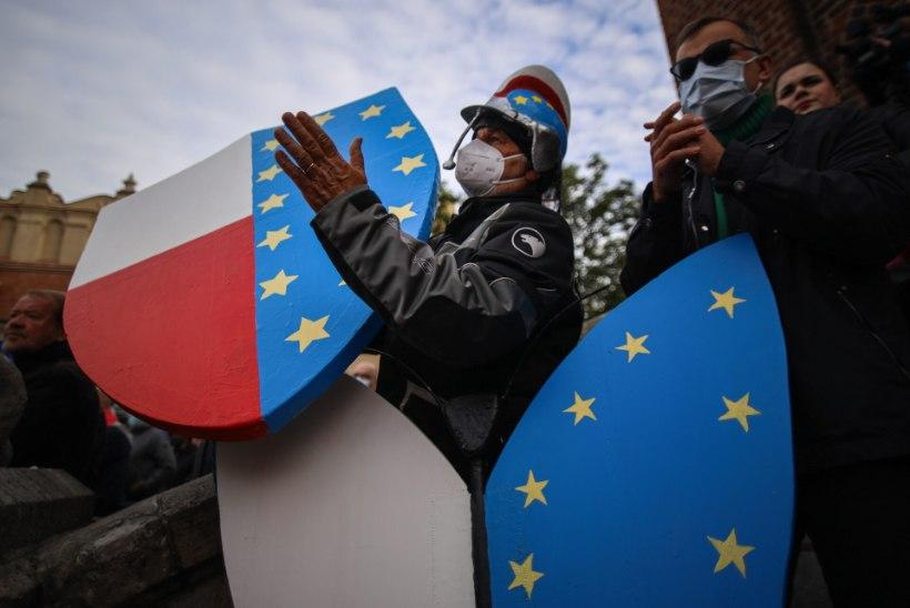 POLEXIT? Poolakad kardavad, et kõrgema kohtu vastuoluline otsus võib ohustada nende püsimajäämist Euroopa Liitu