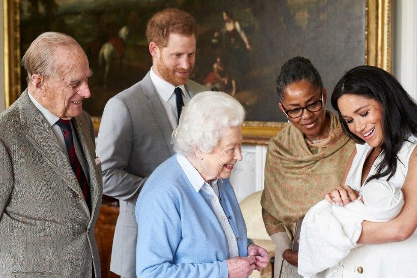 KUNINGLIK KISMA JÄTKUB: Harry ja Meghani otsus röövib kuningannalt võimaluse Lilibetti näha