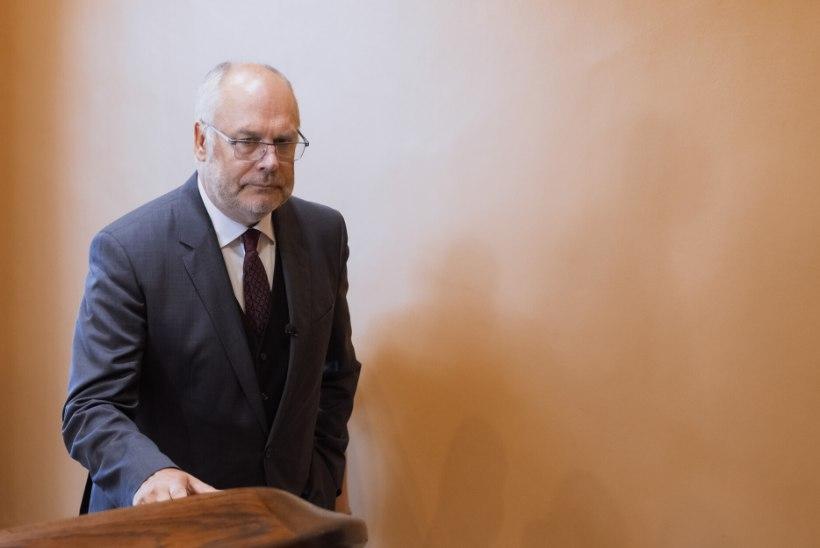 KOROONA TRÜGIS VAHELE! Presidendi esimene välisvisiit algas muudatustega: Alar Karis ei kohtu Läti ega Soome presidendiga