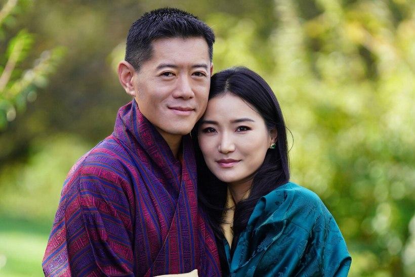 Maailma noorim monarhipaar tähistas kümnendat pulma-aastapäeva