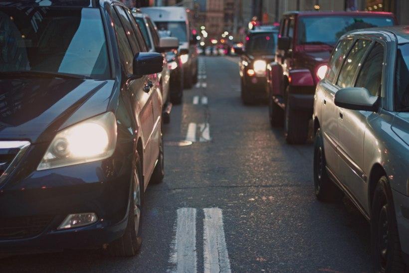 Olukord autoturul: miks kasutatud autod nii kallid on?