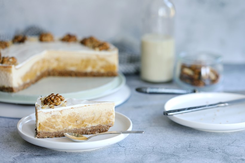 SAMM-SAMMULT   Kõrvitsa-toorjuustukook mesiste Kreeka pähklitega
