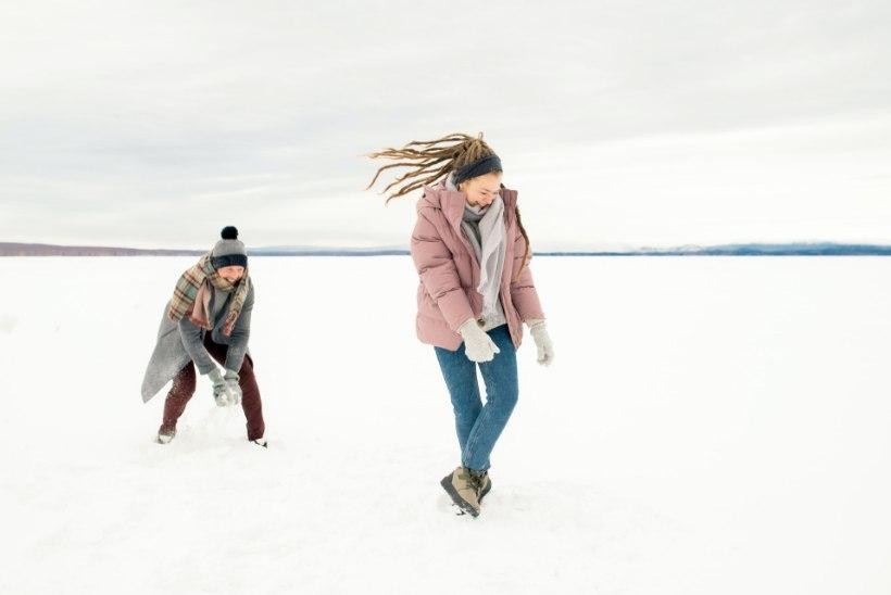 Matkajuht annab nõu: kuidas talvel õues romantiline kohting korraldada