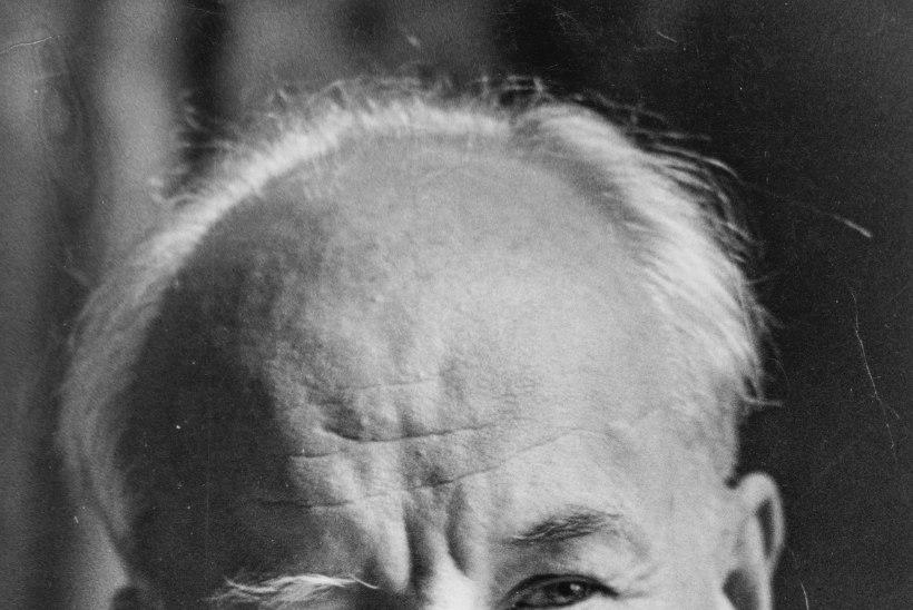 Voldemar Kuslapi kalmukolumn | Ülevad hauad Raadi kalmistul