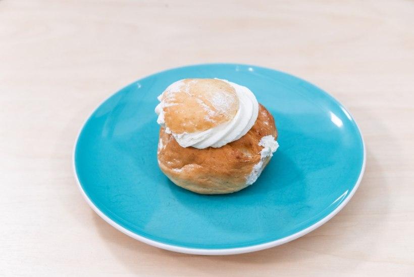 RAHA MAITSE? | Vastlakuklite hinna-kvaliteedi tuleproovis rinnakuti hipsteri-croissant, poekuklid ja kodune saiake
