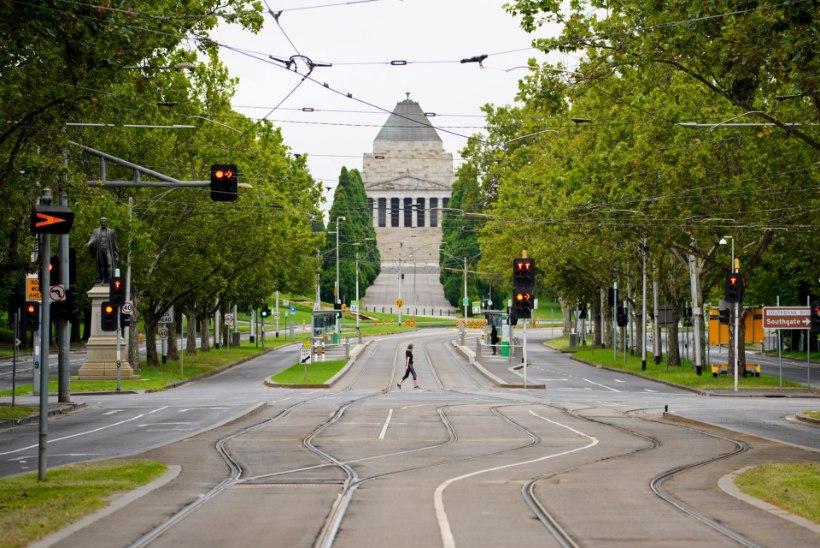 Melbourne läheb viieks päevaks lukku