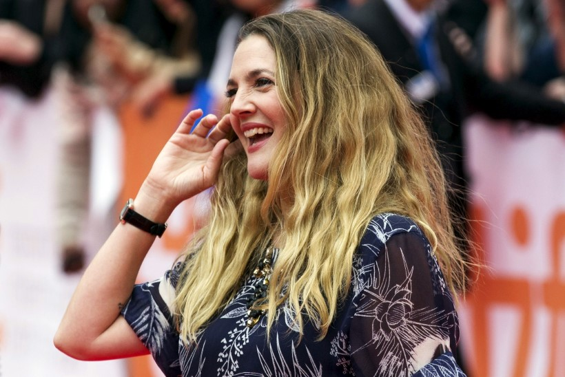 Drew Barrymore jagas haruldasi perepilte oma tütardest
