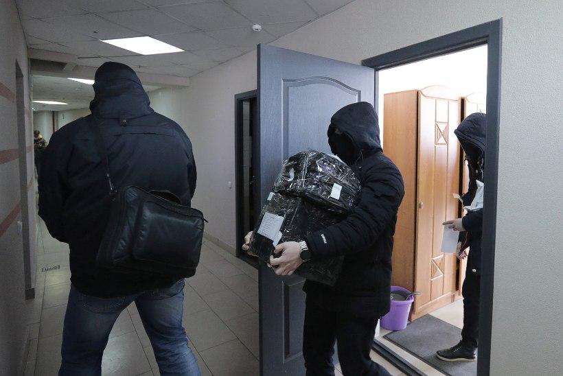 Valgevene politsei korraldas ajakirjanike ja aktivistide kodudes haaranguid