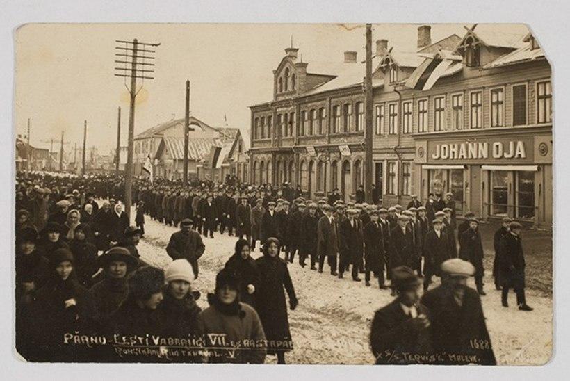 PILK MINEVIKKU | Vabariigi aastapäeva tähistamine Eesti kodudes 100 aastat tagasi