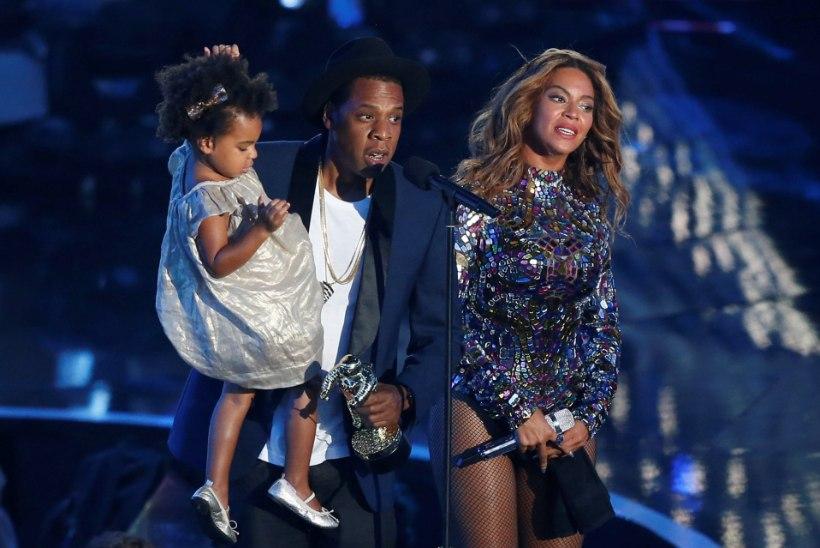 Beyoncé tütar poseerib koos emaga Adidase reklaamikampaanias